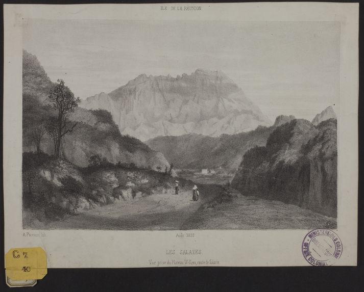 Les Salazes. Vue prise du Plateau WiKers, route de Salazie
