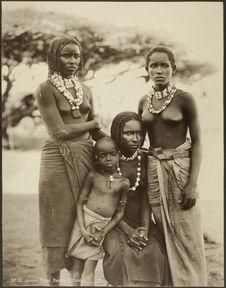 Jeunes filles, Danakil