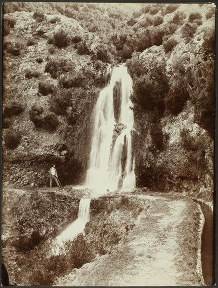 Falling water in Rabaçal
