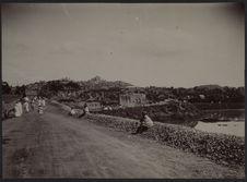 Tananarive. Vue prise de la route de Majunga