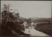 Fanorana. Vue générale du pont d'Ambavaniasy