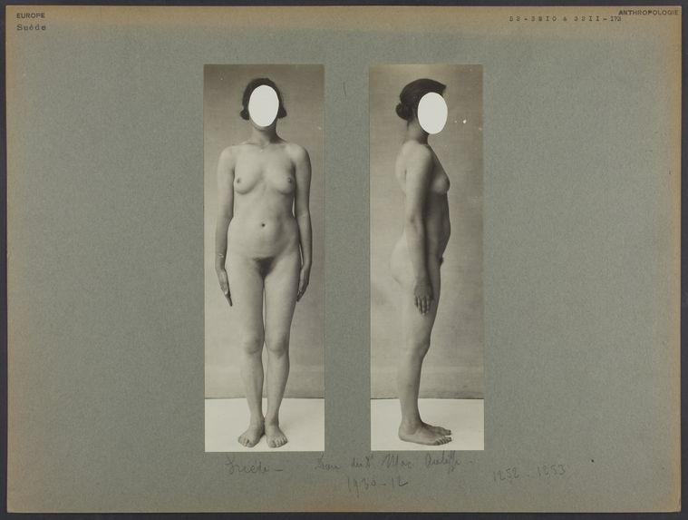 Suède [femme entièrement nue]
