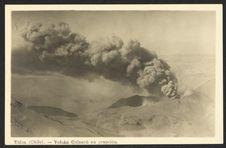 Talca (Chile). Volcàn Quizapù en erupcion