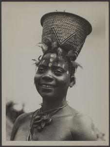 Femmes Basala Mpasu