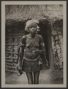 Fillettes Bwaka, de la région de Budjala
