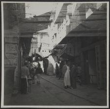 Tripoli. Souk (le haut est doublé)