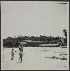 Tellicherry. Grandes coques de bateaux au sec