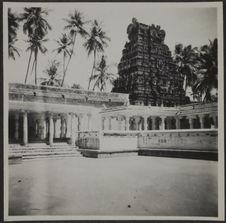 Jambukeswaram. Cour intérieure