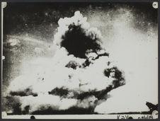Eruption [illisible] volcanique de la Pelée. Vue prise de Morne des Cadets