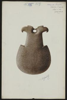 Antiquités Caraïbes. Collection L. Guesde. Pointe à Pitre. Guadeloupe [hache]