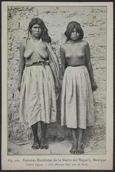 Femmes Huicholes de la Sierra del Nayarit, Mexique