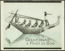 Gouvernail à pivot en bois [modèle réduit antique]