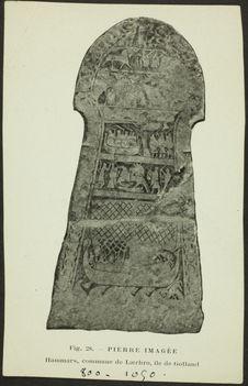 Pierre imagée [stèle représentant, entre autres, des navires]