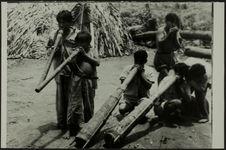 Sans titre [Colombie, Haut-Orénoque, Indiens Piaroa. Musiciens]