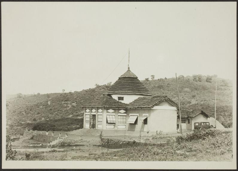 Dalaba [bâtiment avec un dôme]