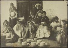 Région de Cuenca. Tisseurs de chapeaux