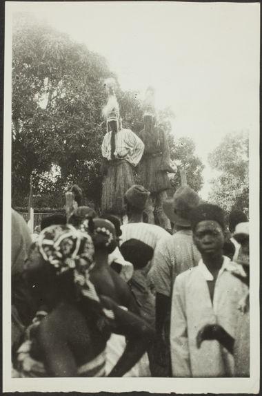 Exhibition du Nyomu Kwea à N'Zérékoré