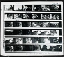 Planche-contact de trente-six vues concernant des portraits et vues de village