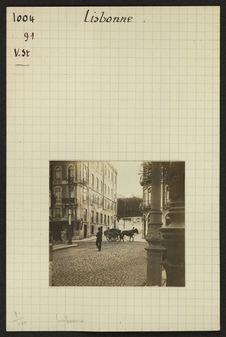 Lisbonne [scène de rue]