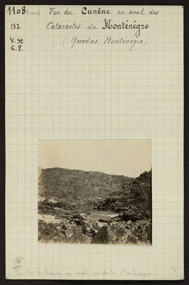 Vue du Cunène en aval des cataractes du Monténégro (Quédas Monténégro)
