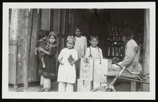 Nairobi (Kenya), Indian children
