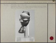 Masque-pendentif Ikhoko en ivoire