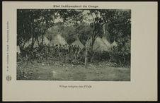 Village indigène dans l'Uellé
