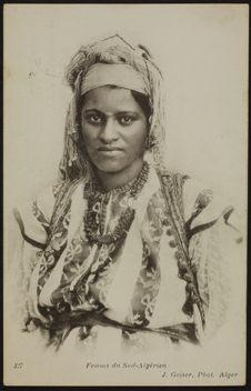 Femme du Sud-Algérien