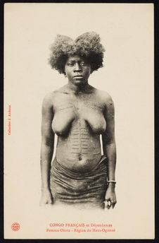 Congo Français et dépendances. Femme Okota - Région du Haut-Ogooué