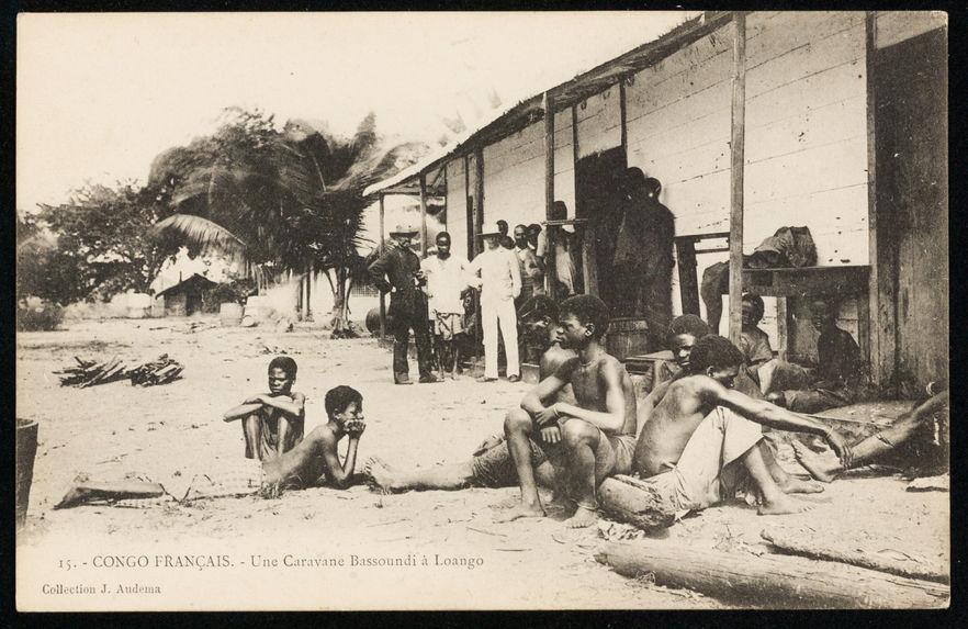 Une caravane bassoundi à Loango