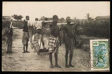 Le portage en tipoye à Loango