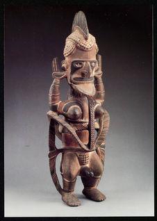 Sculpture en pied, Uli
