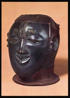 Male bronze head [tête d'homme en bronze]