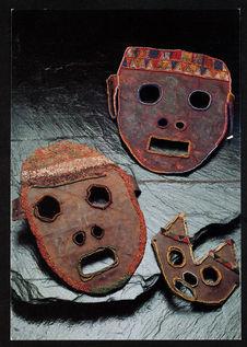 Iraku, masques rituels de Tanzanie