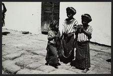 Enfants Zutujil de Santiago Atitlan