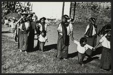 Santiago Atitlan, femmes et enfants Zutujil