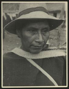 Eusebio Sanchez, totoreno, vit sur le chemin de Miraflores