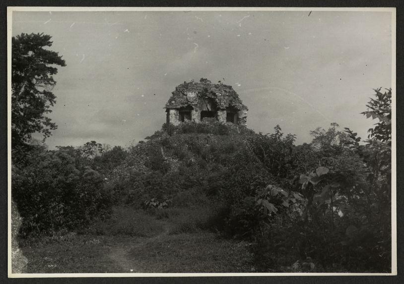 Palenque, El Conde, façade orientale