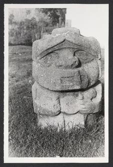 San Agustin, statue anthropomorphe