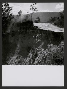 Entre San Andrés Sajc. et Canilla, route en partie effondrée