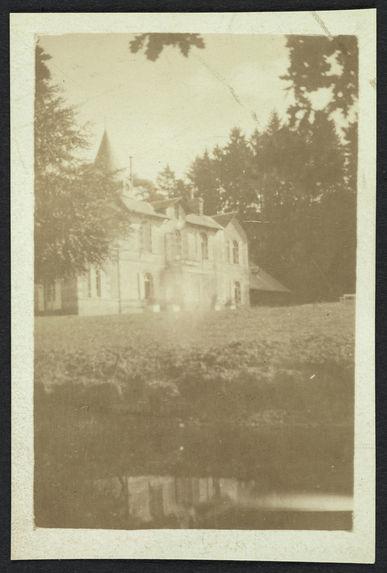 Ermitage [une habitation]