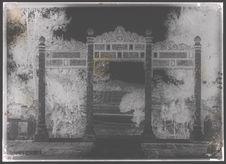 Tombeau de Dông-Khanh