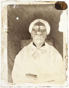 Madame A. C. propriétaire