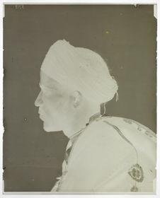 Type du Maroc [Portrait d'un homme de profil]