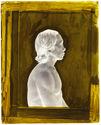 Suriname [Portrait de profil, en buste, d'un homme assis]