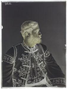 Roumains [Portrait d'homme]