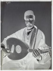 Egyptiens [Portrait d'un joueur de oud]