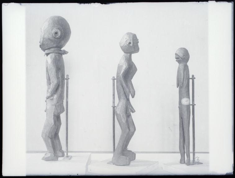 Statue d'homme
