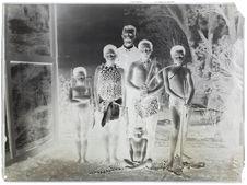Buschmen [portrait de groupe]