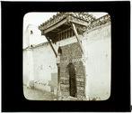 Tlemcen: entrée de la Koubba de Sidi-bou-Médine